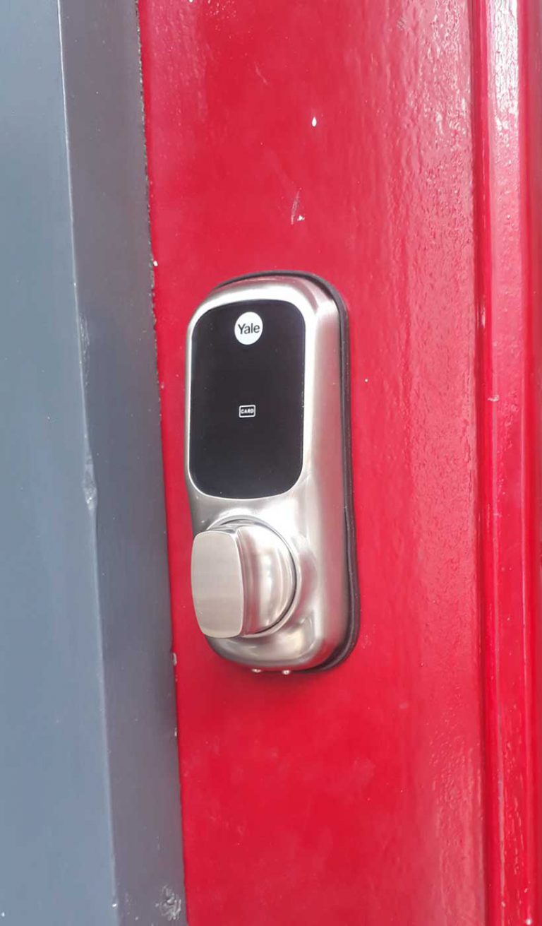 smart digital electronic locks fitting Beckenham Bromley Locksmith services